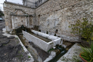 fontana vecchia san buono